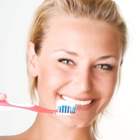 Matthews Dental Associates - Dr. Dan Matthews DMD - Dr. Bruce Matthews DDS - Dr. Katie Matthews DDS - Invisalign Clear Braces - Hockessin and Wilmington Matthews Dental Associates - How to Brush Your Teeth